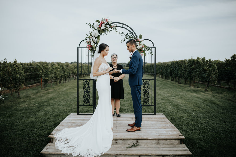 Saltwater-Farm-Vineyard-Wedding-46.jpg