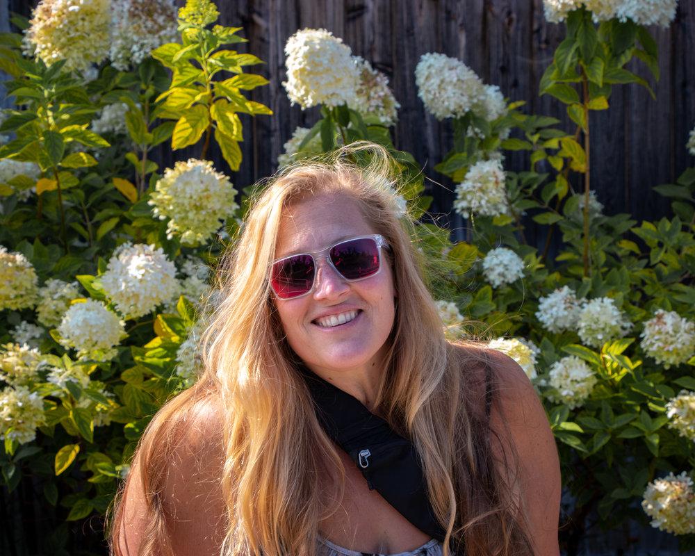 Randi & Flowers (1 of 1).jpg