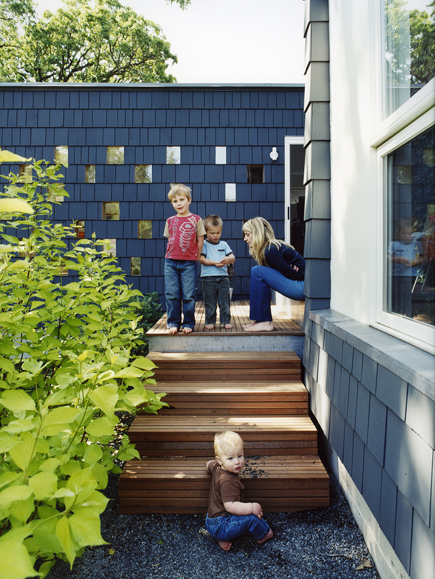 Modern extension to a Cape-Cod home in Minneapolis by Christian Dean Architecture