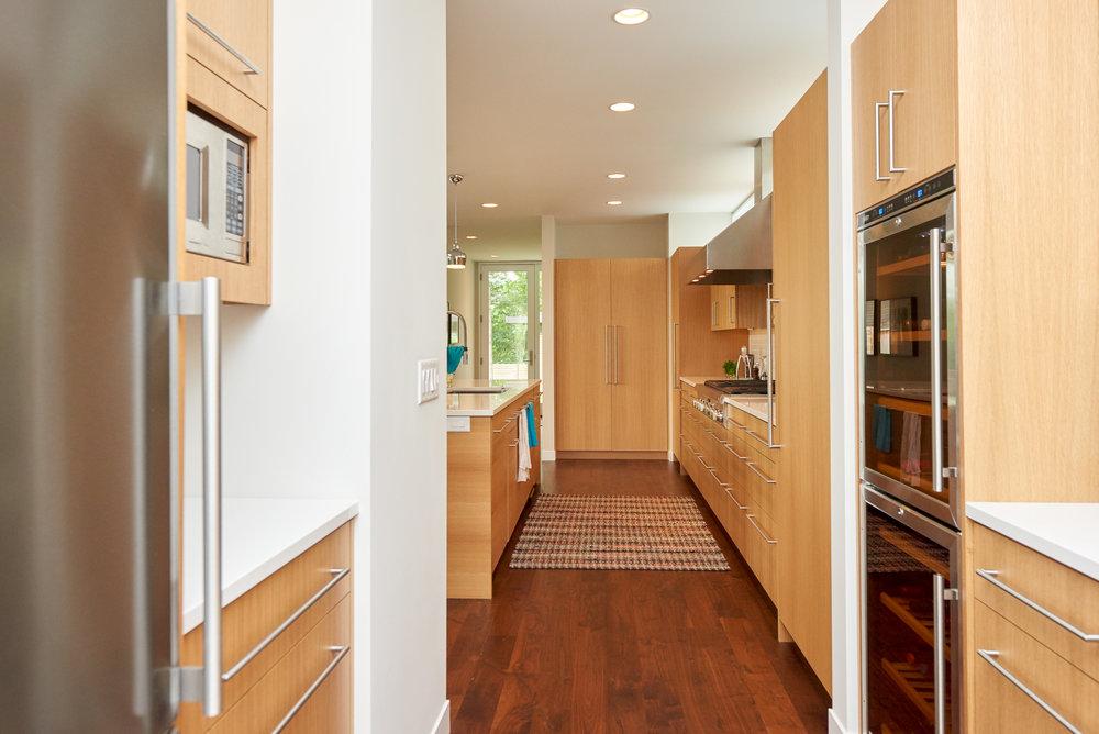 Modern open butler's pantry
