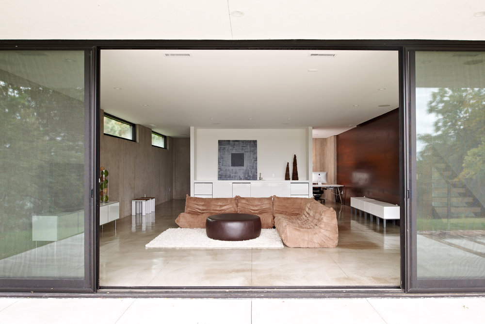 Modern living room walk-out