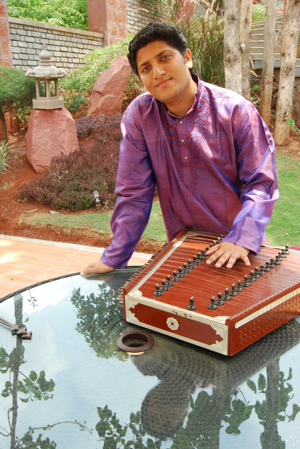 Kunal with santoor.jpg