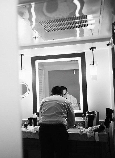 groom getting ready.jpeg