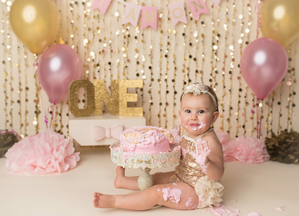 one-year-cake-smash-photographer-photography-in-studio-tequesta-jupiter-palm-beach-wellington-boynton-beach-lake-worth-delray-beach-boca-raton-parkland-captured-moments-by-dawn.jpg