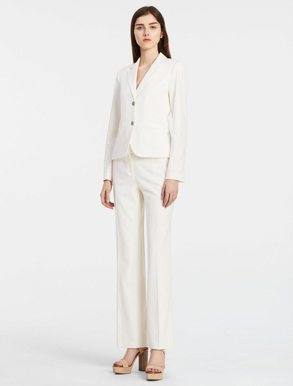 cream-suit_main.jpeg