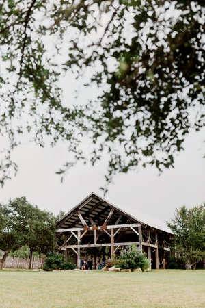 Austin Tx Wedding Venues | The Creek Haus Hill Country Wedding Venue With Lodging Near Austin Tx