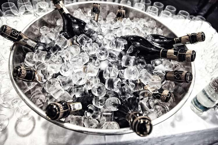 Deloraine Hotel Ice