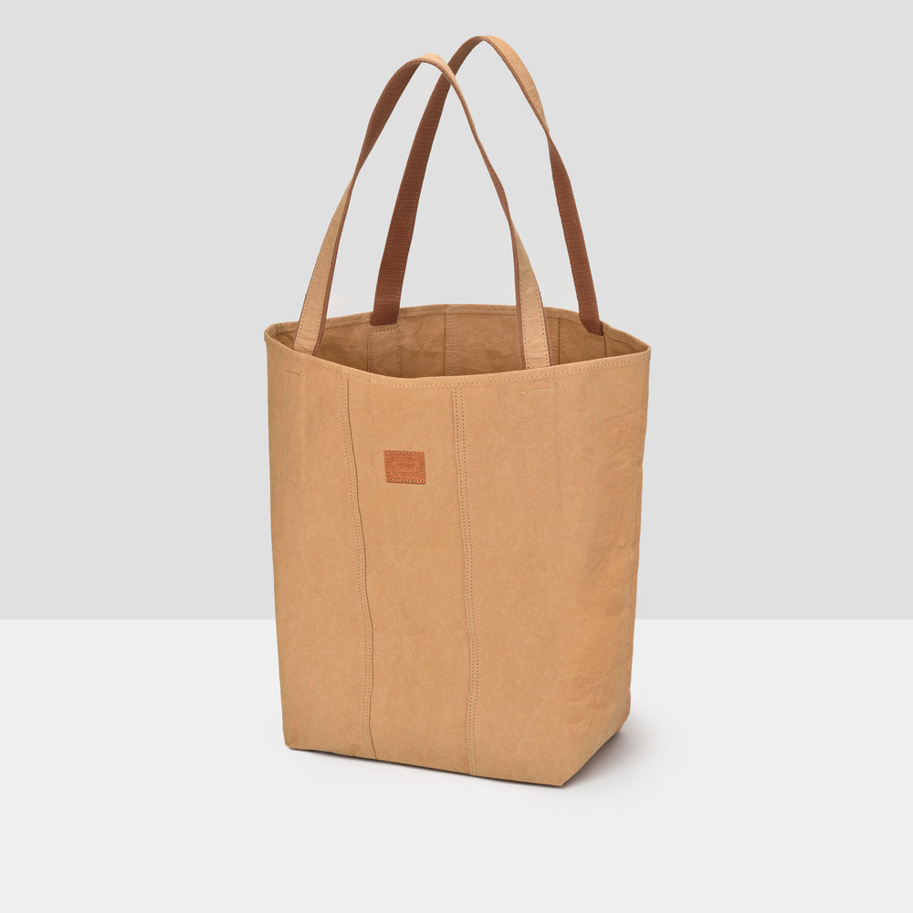 Iconic Shopper Tote in brown Supernatural Paper