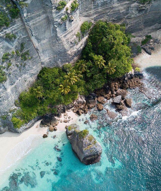Bali is always a good idea 🌴 . . . 📸 by @rcrdb