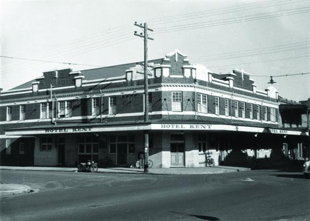 The-Kent-Hotel-Hamilton-Exterior-1959.jpg