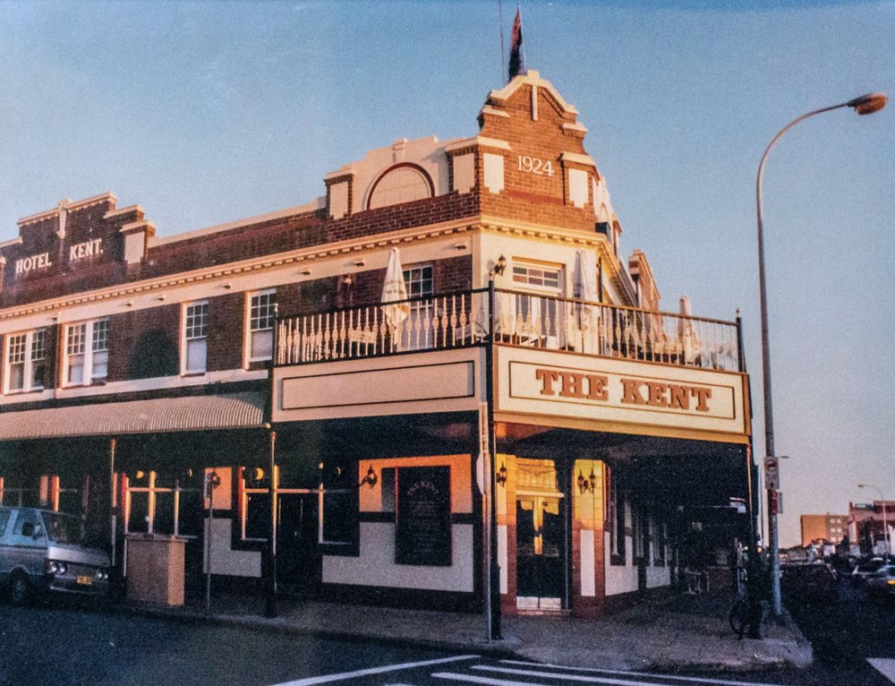 The-Kent-Hotel-Hamilton-Exterior-1990.jpg