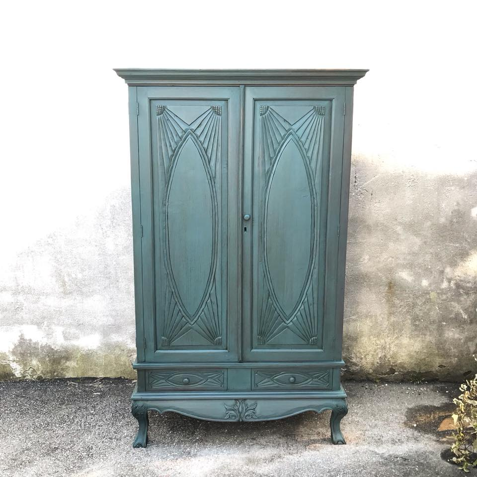 Autentico Vintage chalk Paint - Byzantine with dark brown wax