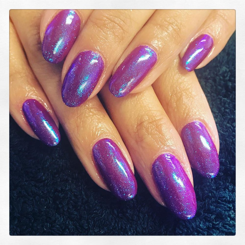 Mermaid Dust - A fine pigment dust to add to the surface of your CND Shellac treatment resulting in a beautiful mermaid effect. This can be layered over several different colours creating different mermaid effects.£10 extra on any treatmentSelect 'Mermaid Dust' add-on when completing your booking