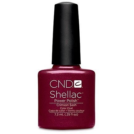 • C r i m s o n  S a s h ♥️ a deep shimmering red • . . . . #rachaelandco #spitalfields #nails #shellac #nailslondon #cnd #londonnails #crimsonsash #christmasnails