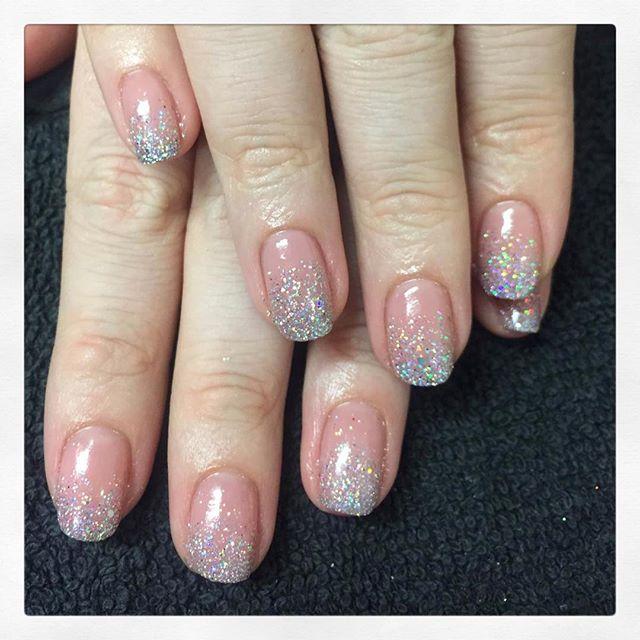 • New Year New Glitter ✨created by phoebe • . . . . . . #rachaelandco #londonnails #spitalfields #nails #naillife #naillounge #naillove #glitternails #nailswag #liverpoolstreet