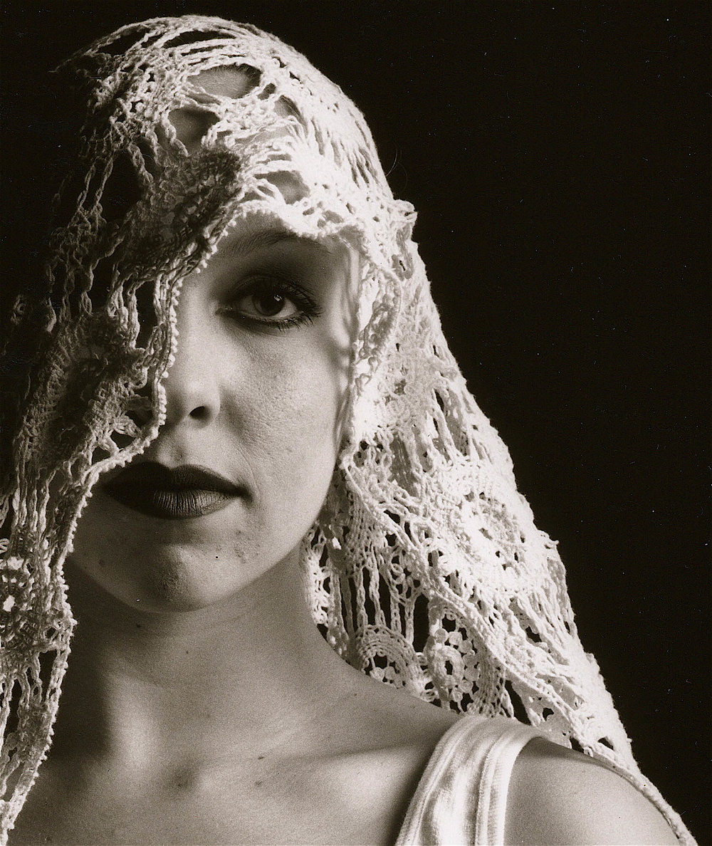 jay jay with veil.jpg