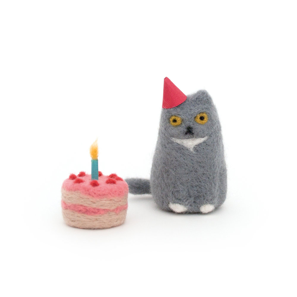 grumpy-birthday-cat.jpg