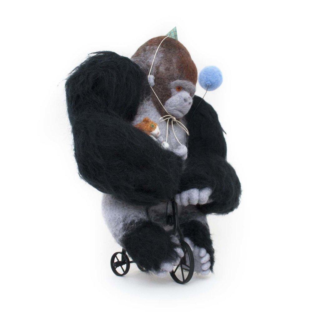 gorilla-and-cat.jpg