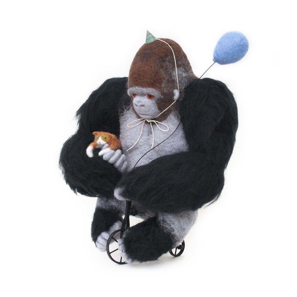 gorilla-sculpture.jpg