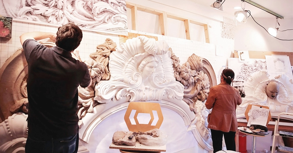 Our Process    For over 20 years, Hyde Park Mouldings has lead the American renaissance of fibrous plasterwork. We offer Design Development, Sculpting, Modeling, Project Management and Turn-key Installation Services to all project locations. All fabrication is performed in our New York factory using traditional methods and materials.    LEARN MORE