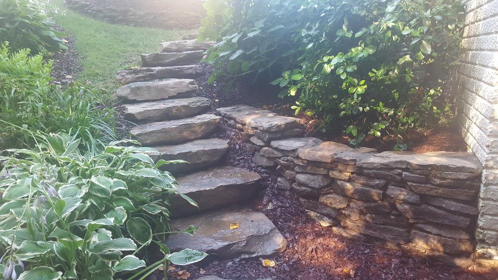 Boulders Stairway with Fieldstone Garden Wall(2).jpg