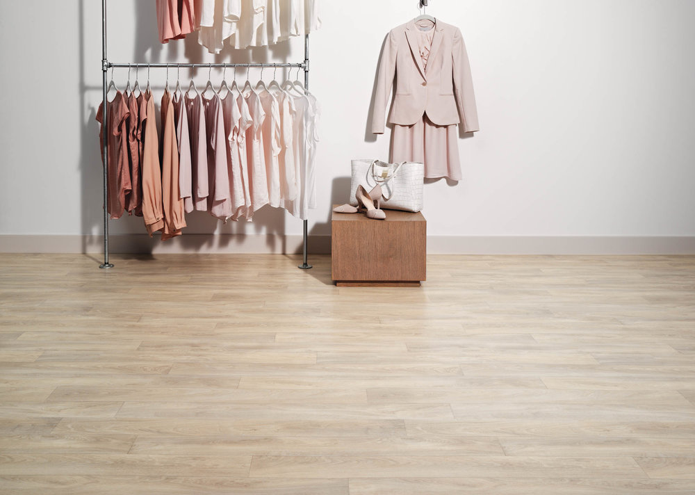 25024100_shot10_Retail Boutique.jpg
