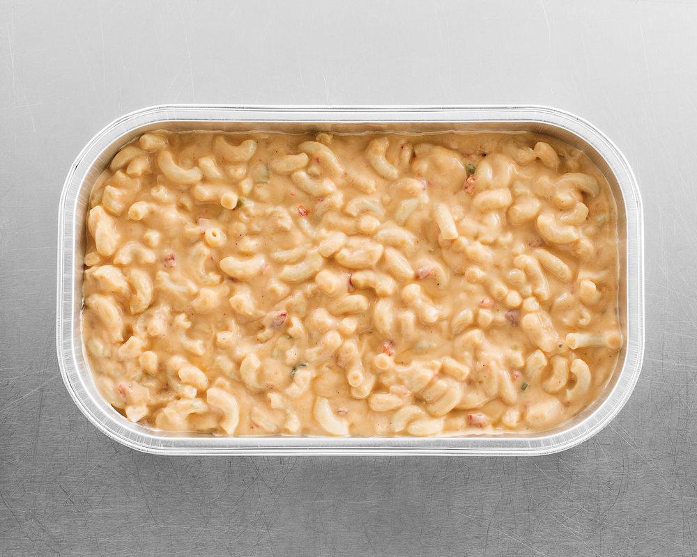 Chipotle Mac+Cheese Family Silver__U2A2740.jpg