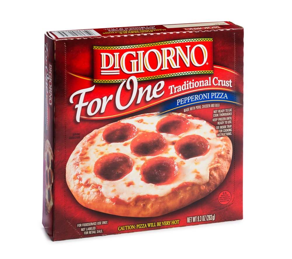 DiGiorno Pepperoni Box-0289.jpg