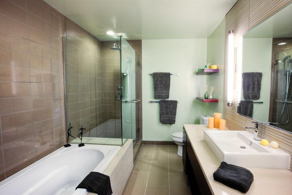 penthouse-2_bathroom-0010_1_2_3_4_5_6_tonemapped.jpg