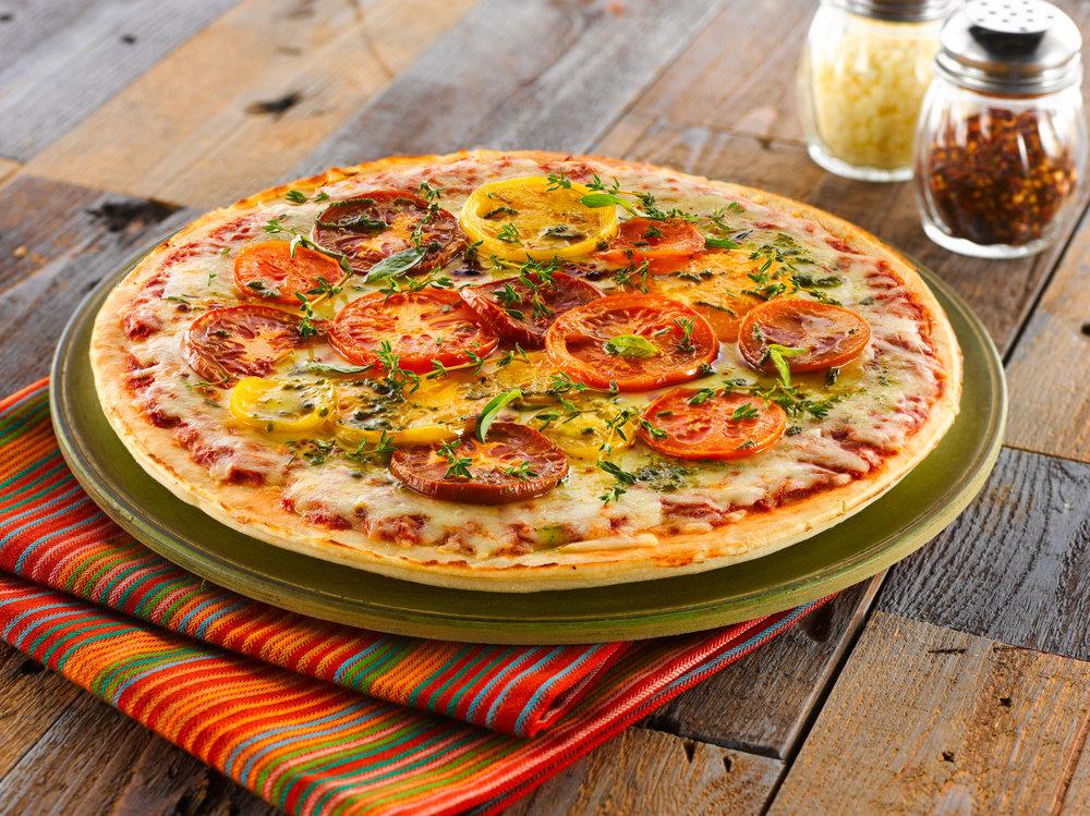 Rustic_Tomato_Pizza.jpg