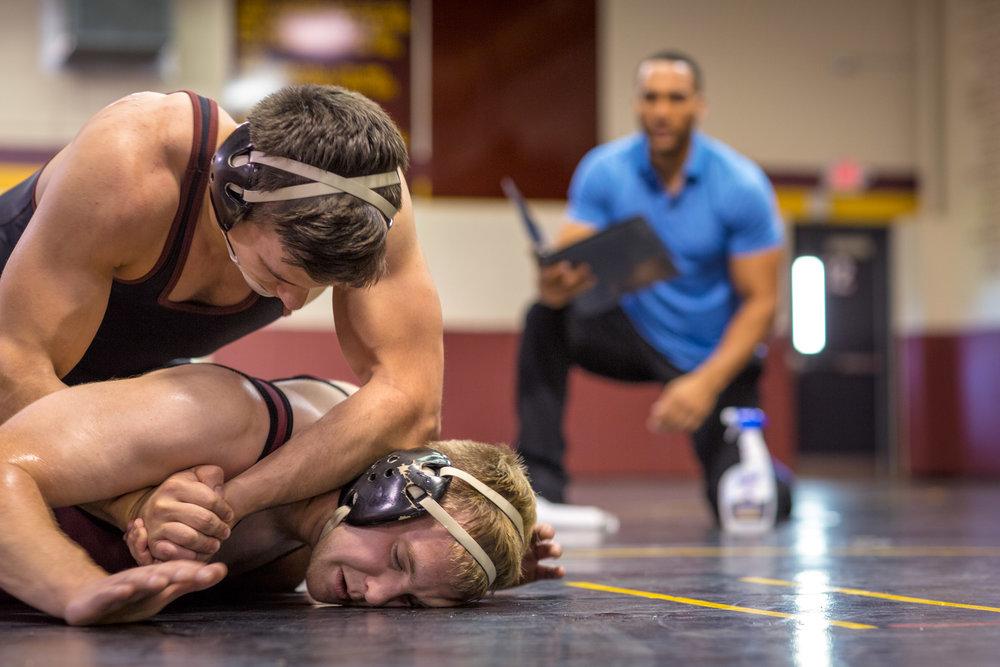 PURELL Professional-Surface Spray Wrestling-8043.jpg