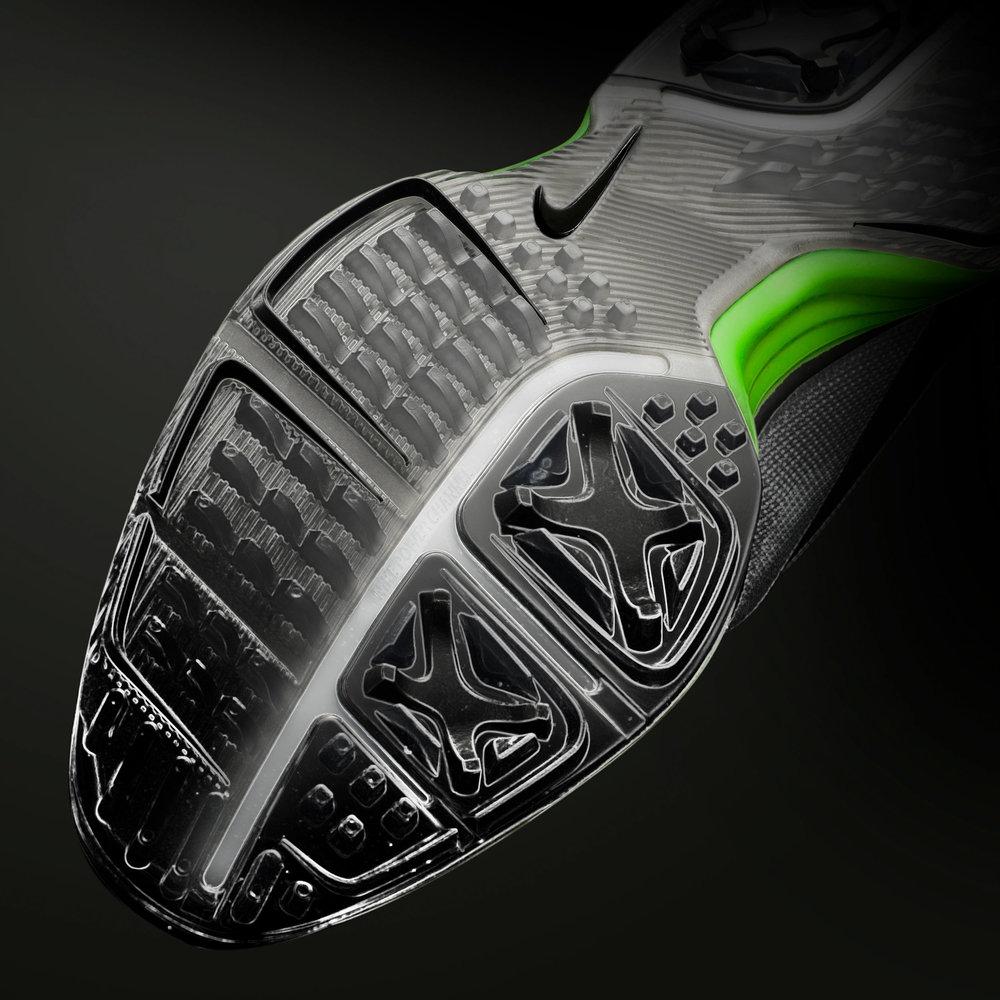 Nike-P90-IT_2_traction.jpg