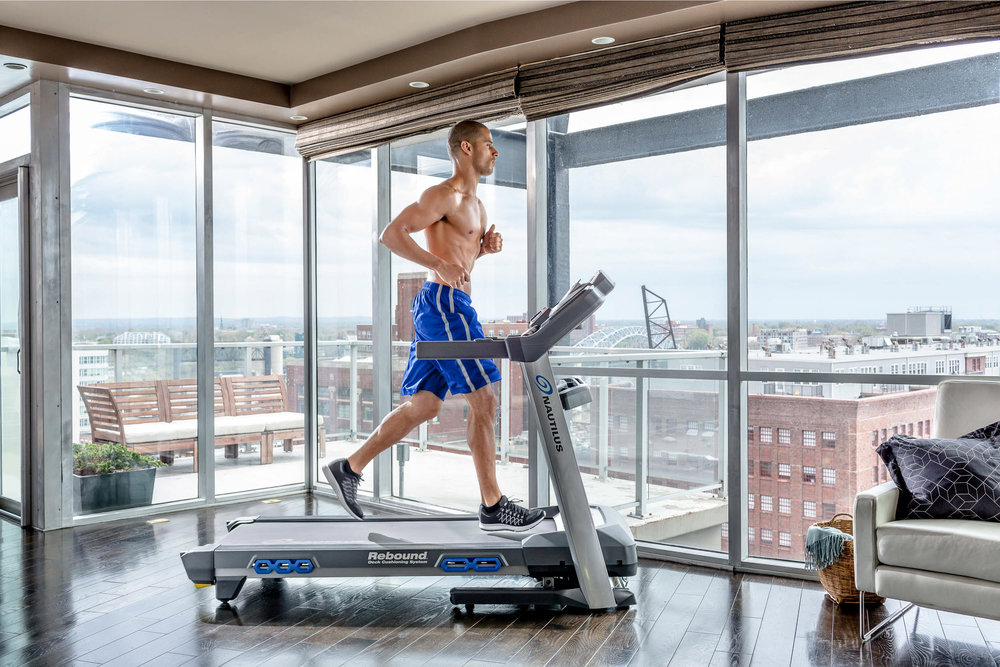 Nautilus_Direct_116098_T618 Treadmill Profile Darnell-168 copy.jpg