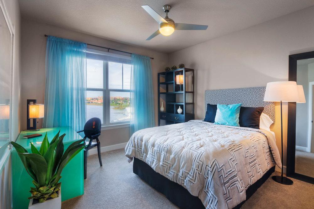 4304_Model_Bedroom1-9966And8more_tonemapped.jpg