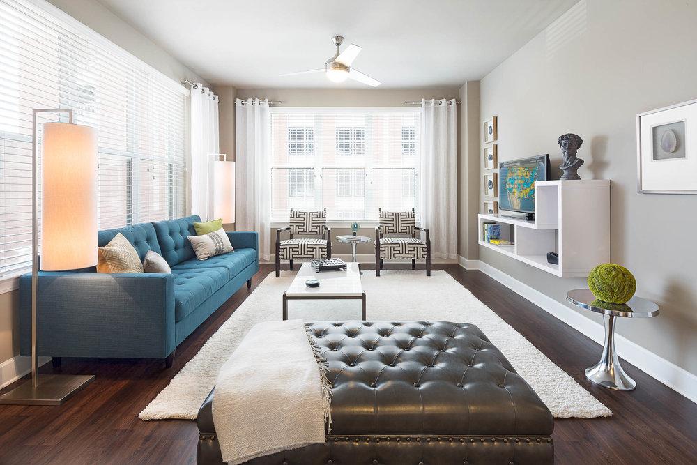 Model 320 Living Room-7789.jpg