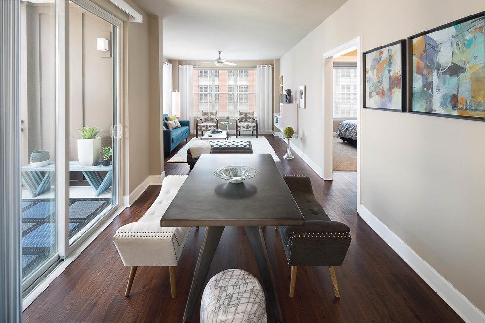 Model 320 Dining Room-7837.jpg