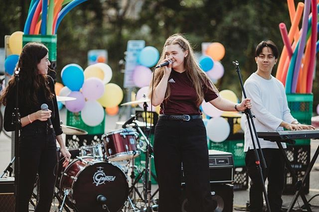 Thank you @emilyrose.knows 💕  #RoarFestival #Toronto #campooch #campoochigeas #thatoochfeeling #hendersonbrewing #events #torontomusic #torontomusicscene #torontolivemusic #givingback #ontarioevents #summer