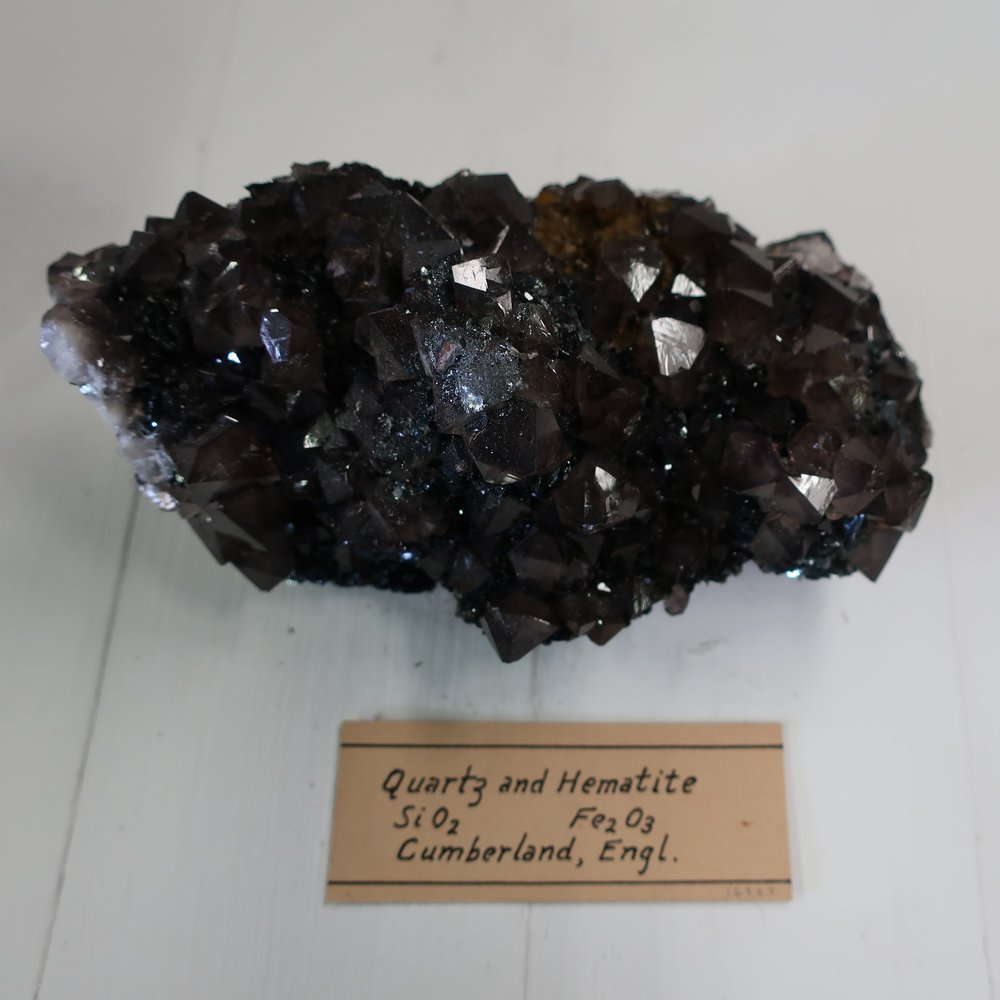 Quartz w Hematite 2.jpg