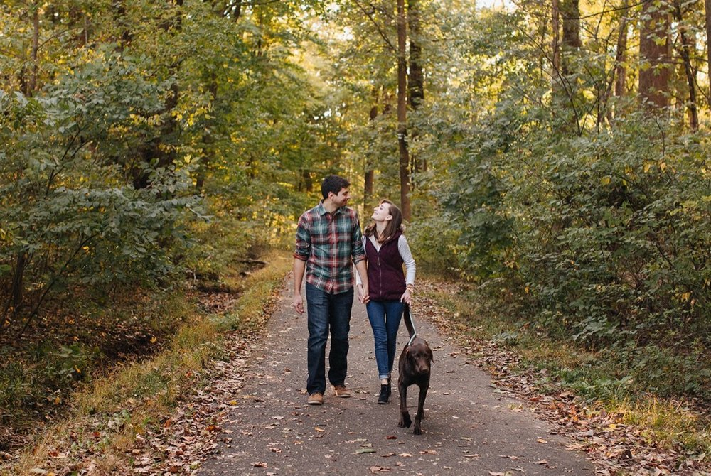 09_18_10_21_szkodny_hernandez_family_0024_photography,_lifestyle_fall,_dog_nature,.jpg
