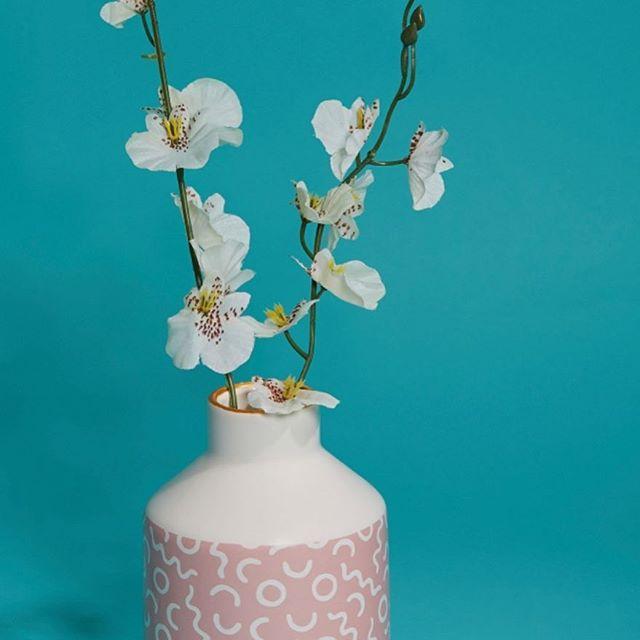 💕Just in, Pastel Pink Vase🌸🌾 Shop Now🛍 👉🏼 homeatlast.style/vases #mantledecor #homestyle #home #homeinterior #homewares #homewaresonline #homedecoronabudget #dailydecordose #dailydecordetail #pinkvase #pinkvases #scandinavianstyle #orchid #modernvintage #understatedglamour #homeatlast #sassandbelle #giftsforher #giftsforgirls