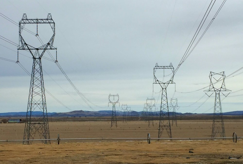 transmission-line-near-christmas-valley.jpg