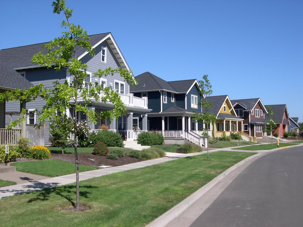 Homes in a row, Monmouth.JPG