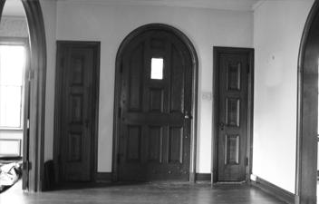 GLEN- INSIDE DOOR BEFORE.jpg