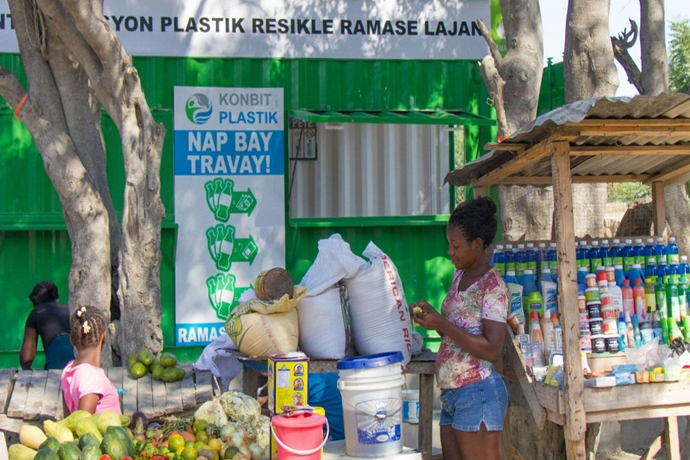 Plastic-Bank.jpg