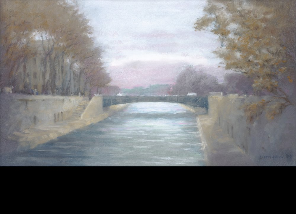 The Seine in violet and grey