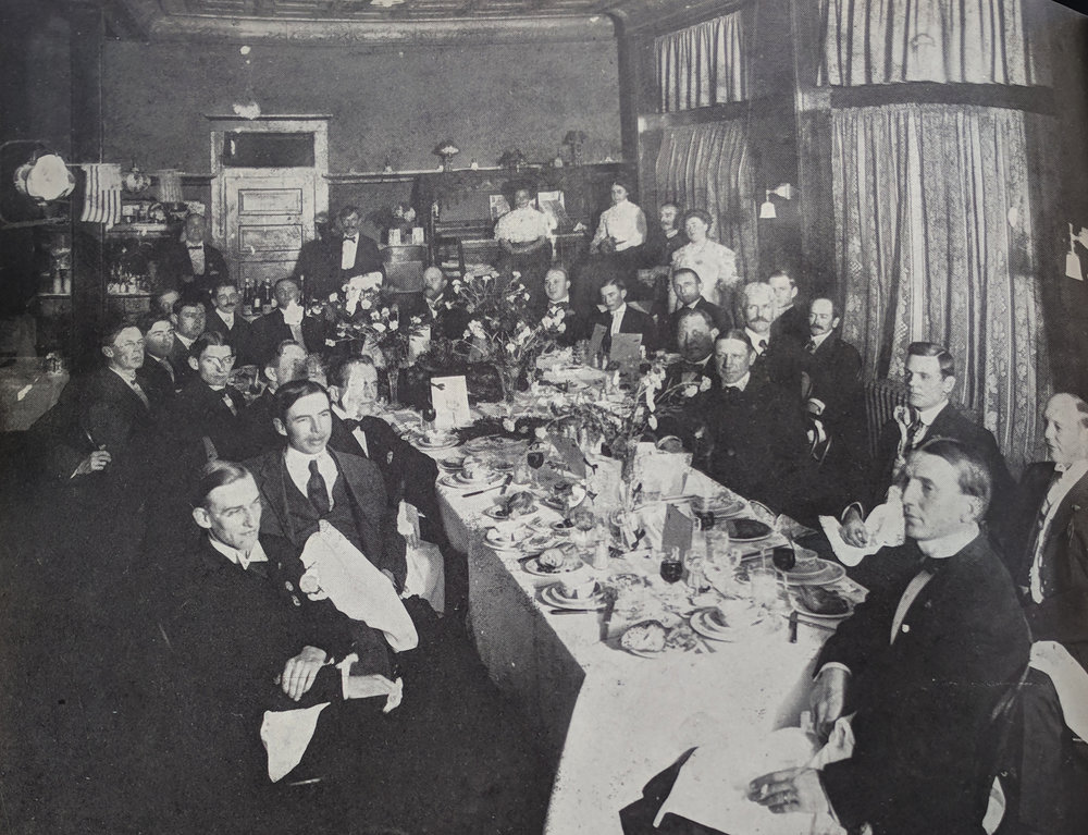 Woodburn & Wedge - Established 1918