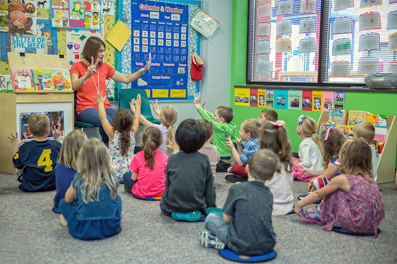 PRESCHOOL / KINDERGARTEN - Young children thrive with a variety of hands-on and active learning opportunities. We strive to meet this developmental need through Christ-centered learning designed just for them. Teachers use songs, finger plays, learning centers, and stories for helping young children experience God's love. Our preschool/kindergarten classroom serves 3-5 year olds.