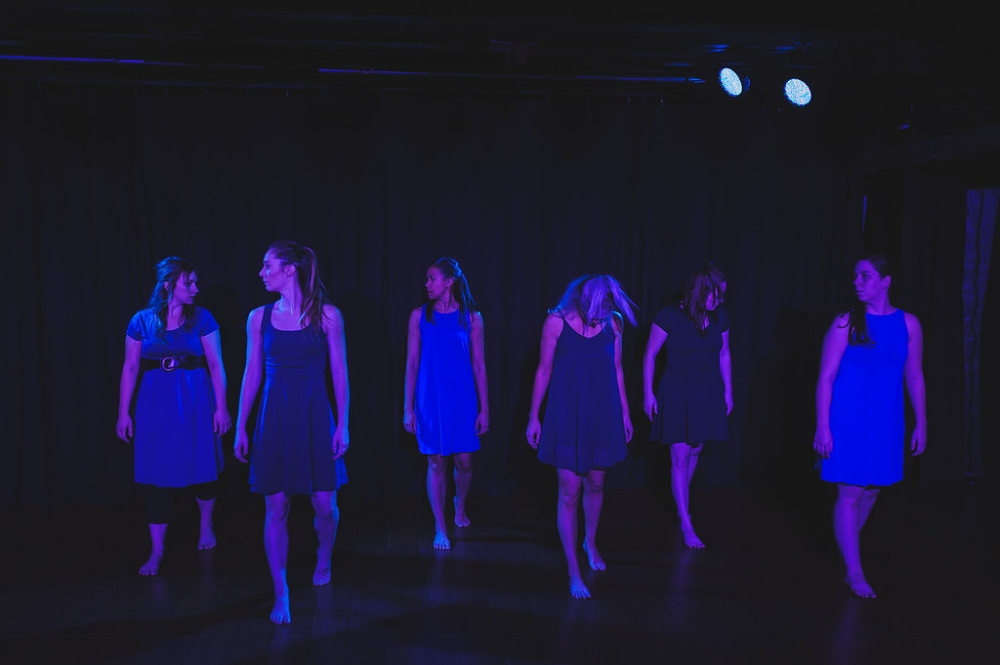 Dancers (left to right): Arye Shannon-Carmichael, Jillian Gasper, Alisa Lindsay, Laura Yeomans, Erica Reynolds, and Sarah Hennings Photography: Forest Page Photography