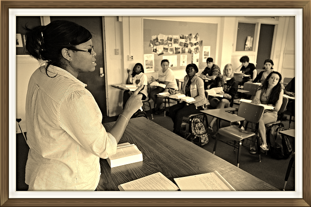 Professor Trimiko Melancon, the inaugural AJC Center post doctoral fellow leading her class at Loyola University in New Orleans.