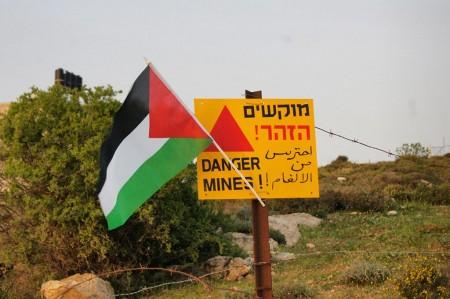 landmine sign